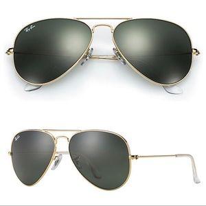 Ray-Ban | Gold Aviator Classic Sunglasses
